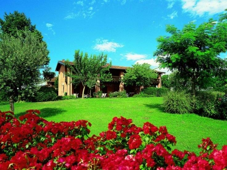 Garda Village