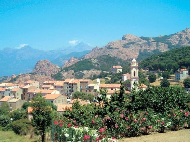 Romantická Korsika - varianta s horami, vodopády a kaskádami