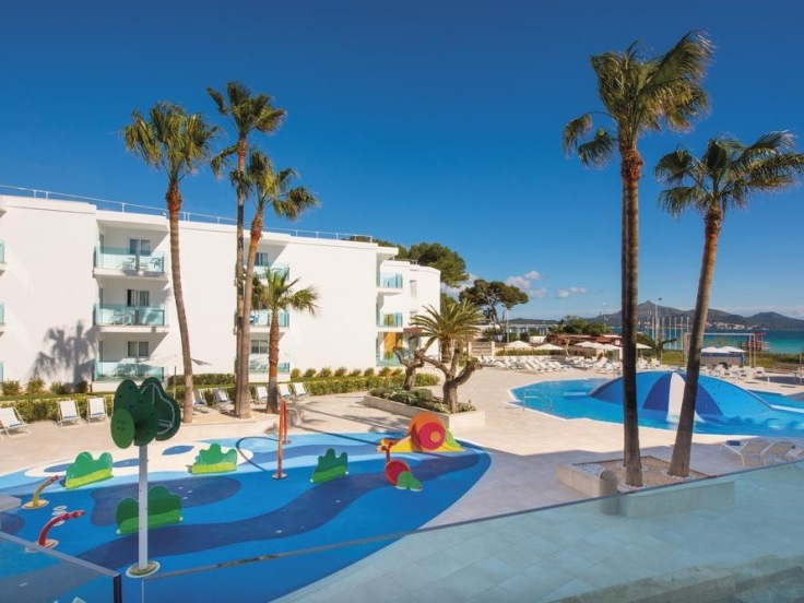 playa de muro hotel