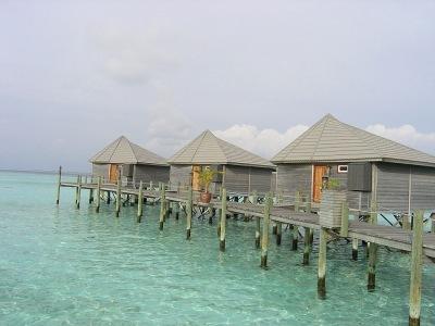 Komandoo Island Resort