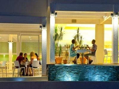 Lindos White Hotel & Suites