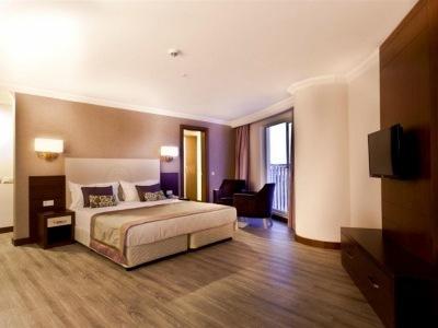 Side Alegria Hotel & Spa