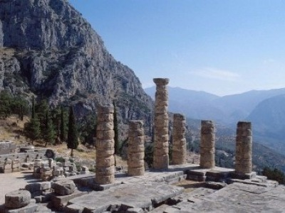 Skvosty Attiky a Peloponésu