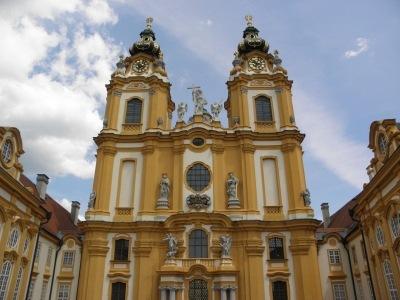 Zahrady a zámky Rakouska