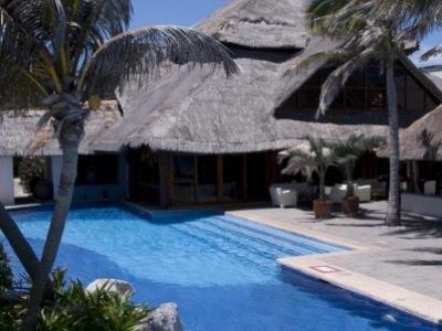 Oasis Cancún Lite