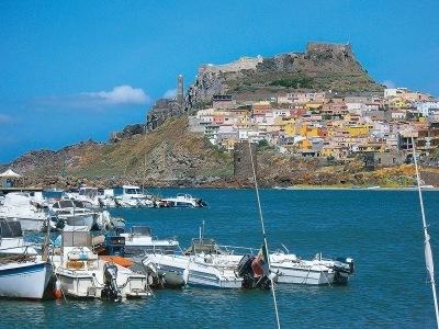 Přírodní krásy a památky Sardinie - letecky
