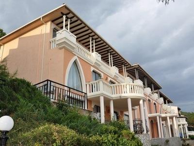 Elenite Villas