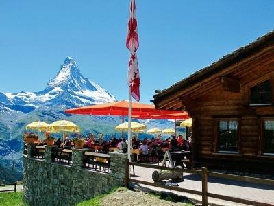 Švýcarsko pro seniory - Wallis s kartou