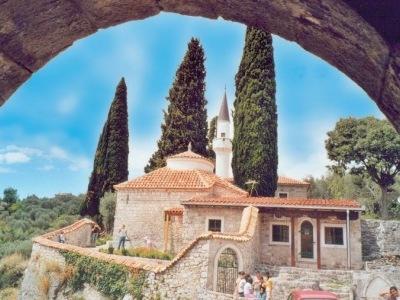 Kulturní a přírodní krásy Černé Hory s návštěvou Albánie