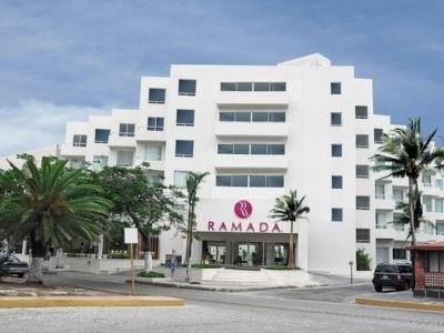 Ramada Cancun