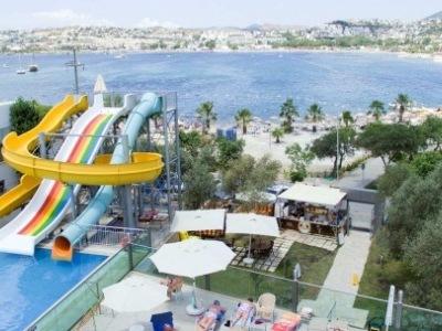Jasmin Beach