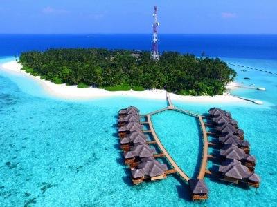 Fihalhoni Island Resort & Spa