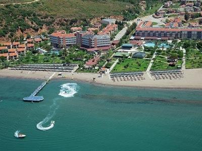 Yali Resort