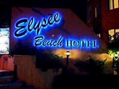 Elysée Beach