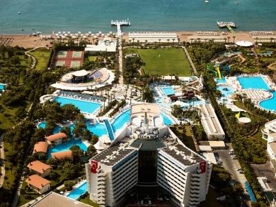 Titanic Beach Resort