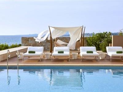 The Romanos a Luxury Colleciton Resort