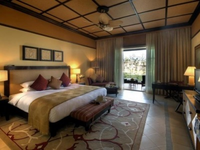 Desert Island Resort & SPA by Anantara