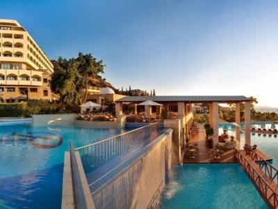 Rhodes Bay Elite Suites